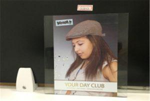 Mostra d'impressió de vidre de la impressora d'UV petita WER-E2000UV
